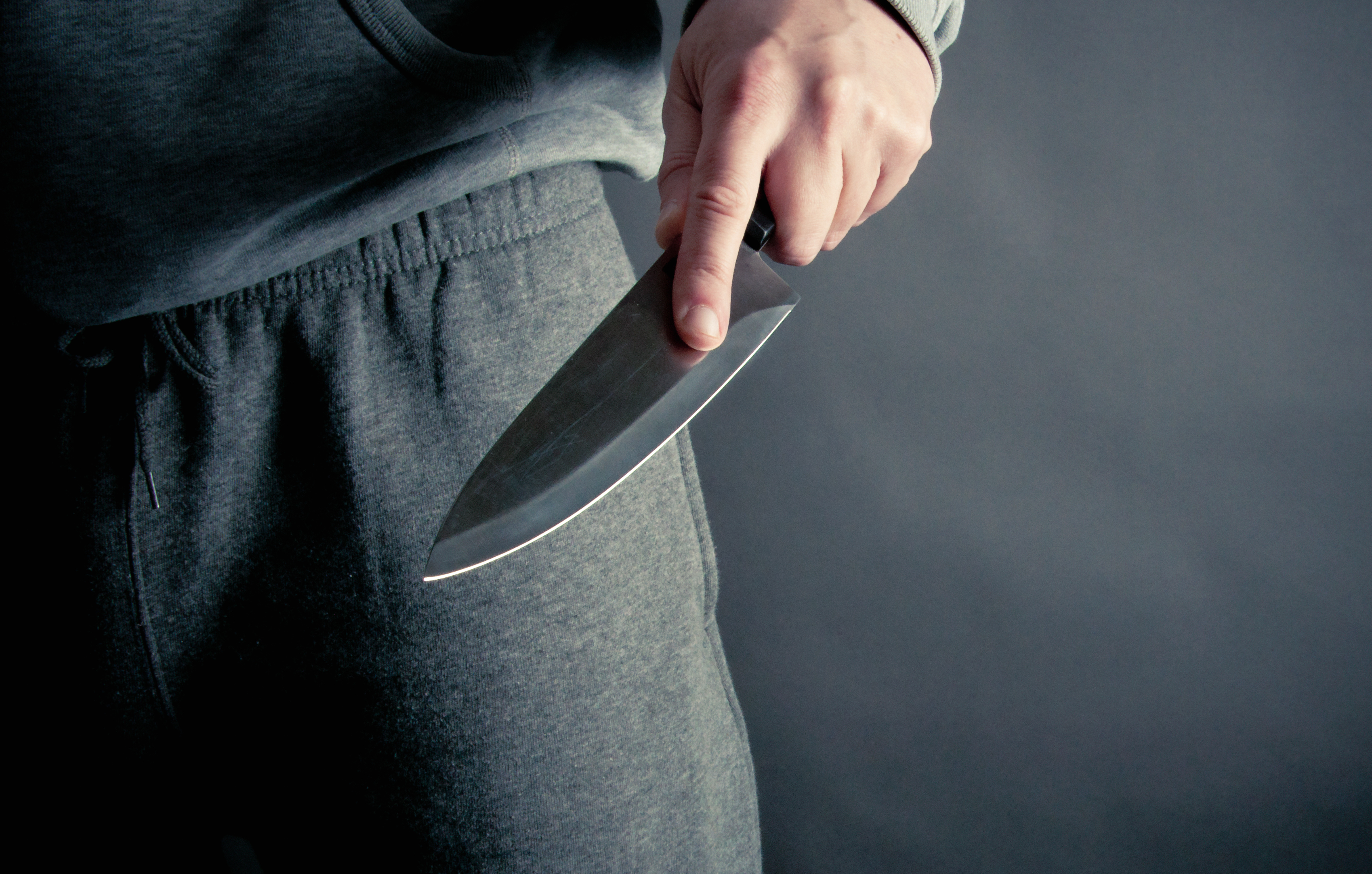 knife crime Knife crime has increased over the past couple of years due to the amount of gang violence going on while the large majority of young people follow the law a small number of people do find themselves.